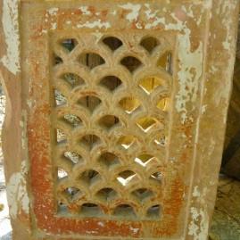 Ea-Moucharabieh pierre 4
