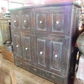 M- Meuble 8 portes