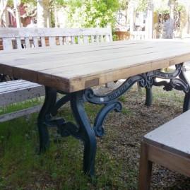 Mi- Table