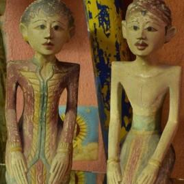 O- Statuette
