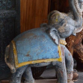 O- Eléphant
