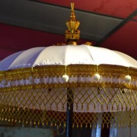 O- Ombrelle