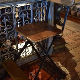 S- Chaise mange-debout